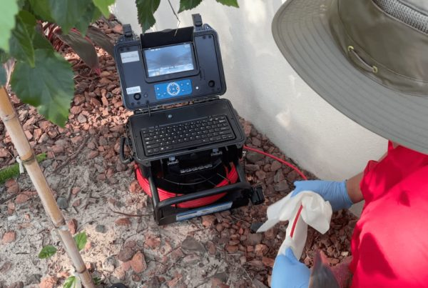 inspector completing a sewer scope inspection in tampa bay fl